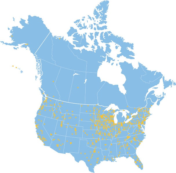 blue United States map showing yellow dots of 1,700 hospitals using HALO products